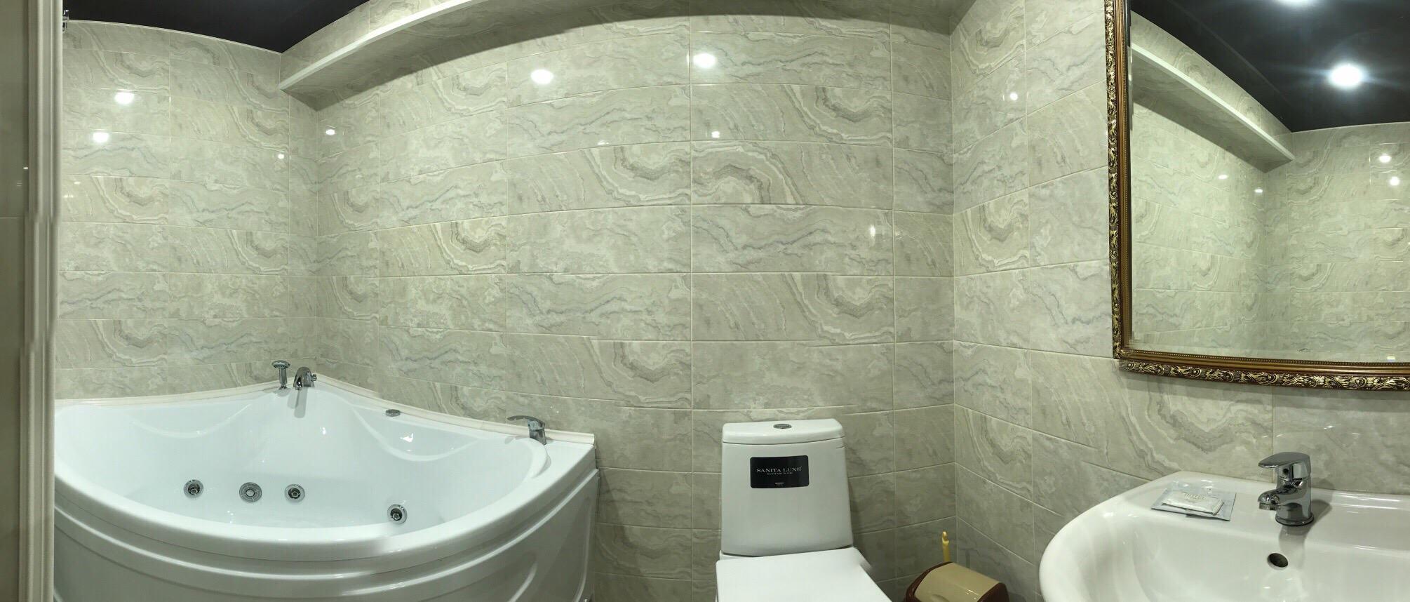 Двухкомнатные апартаменты, Ванная комната с джакузи