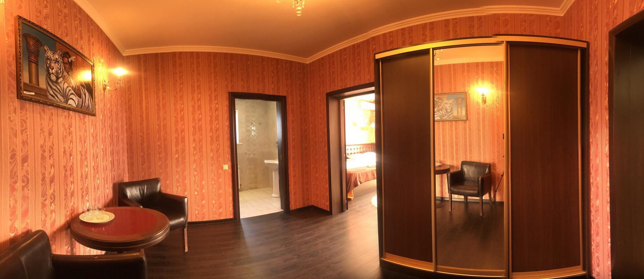 Номер люкс в отеле Визит