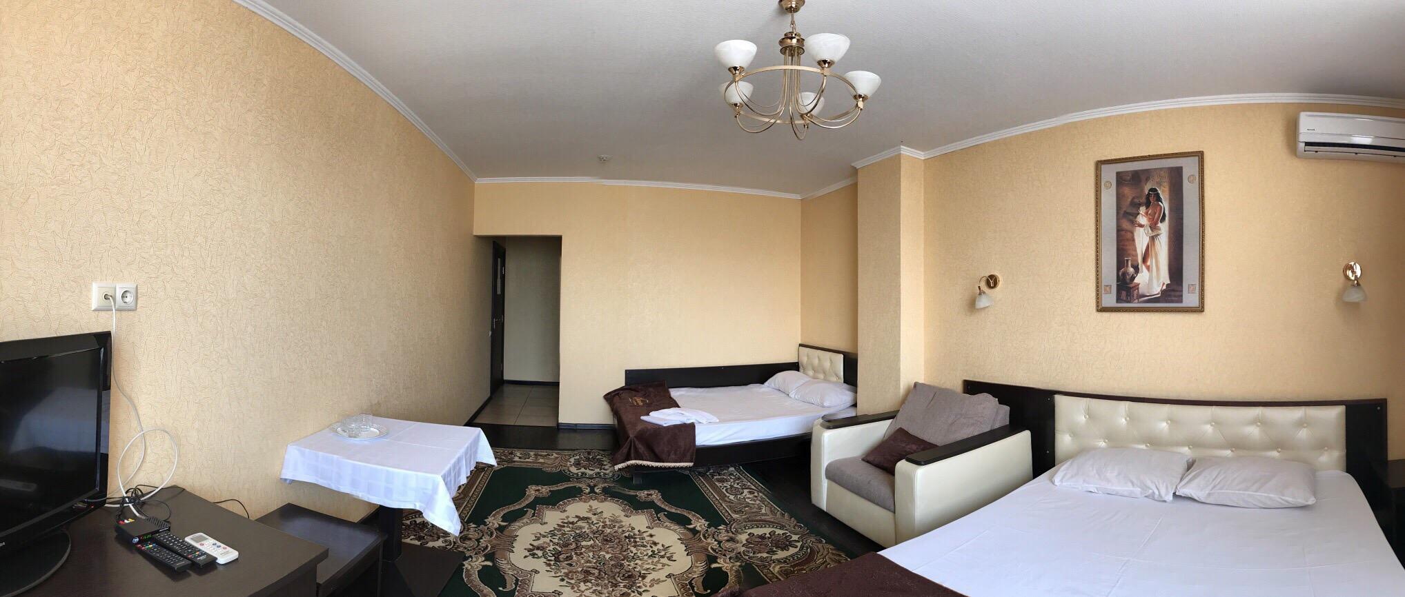 Семейный номер в отеле Визит